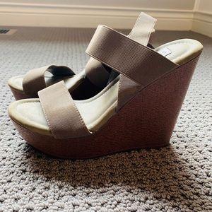 Steve Madden Olive Green Wedge Shoes